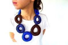 Collar de crochet azul y marrón | Collares de ganchillo | Collares modernos | Collares tejidos a mano
