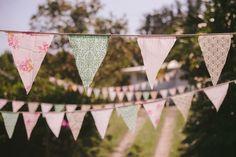 DIY Vintage inspired Wedding http://www.sassstudios.com/blog/
