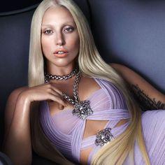 Gaga's Major Versace Ads, Plus More! - Lady Gaga's Major Versace Ads. -Lady Gaga's Major Versace Ads, Plus More! - Lady Gaga's Major Versace Ads. Lady Gaga Artpop, Lady Gaga Versace, Divas, Lady Gaga Fashion, Fashion Beauty, Musica Lady Gaga, Lady Gaga Pictures, Donatella Versace, Lady Gaga Donatella