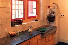 #RembrandtHouse Amsterdam Rembrandt House Kitchen. ~great sink