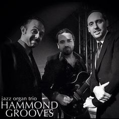Hammond Grooves @ @tomjazzoficial hoje 18/08 às 21h #hammondgrooves #jazz #organtrio #hammondb3 #hammondorgan #lesliecabinet #lesliespeaker #guitar #drums #bateria #guitarra #souljazz #groove #sonsdobrasil #sp #music #show #concerts #orgue #organjazz #jazzclub #jazzorgan #musica #jazztrio #jazznights #concert #evento #foto @fescappa