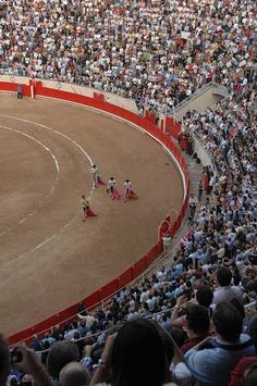 You can watch matadors during a bullfight in Barcelona. (Image: CMVH)