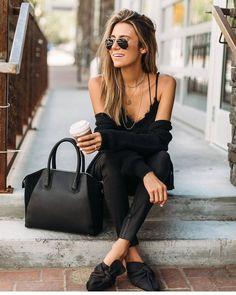 "2,333 Me gusta, 16 comentarios - new york life style (@newyorklife_style) en Instagram: ""#ootd #outfitoftheday #hashtagsgen #lookoftheday #fashion #fashiongram #style #love #beautiful…"""