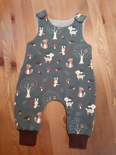 Girl Dress Patterns, Baby Patterns, Baby Boy Outfits, Kids Outfits, Teddy Bear Clothes, Iranian Women Fashion, First Baby, Baby Sewing, Baby Kids