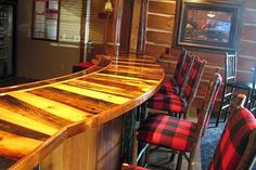 Wood Bar Tops Made Of | Countertop made of reclaimed wood for a hotel bar