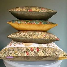 We all need beautiful things in our homes and lives. Why not tell story about your unique silk cushion made from vintage Japanese kimono Silks ❤️ Boho Cushions, Luxury Cushions, Vintage Kimono, Metallic Pink, Bed Pillows, Cushion Pillow, Art Deco Design, Japanese Kimono, Vintage Japanese