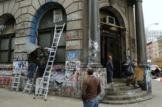 """""""Its DAMN UGLY!""""   """"No! The Graffiti-Covered #190Bowery is chic and gritty http://ny.curbed.com/archives/2015/04/20/tenant_actually_wants_to_keep_190_bowery_graffiticovered.php"""""""