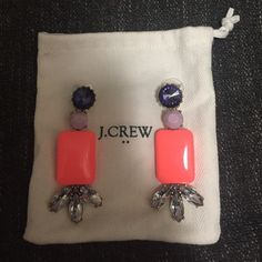 FLASH SALE BRAND NEW J.Crew Statement Earrings BRAND NEW NWOT J. Crew Statement Earrings - brand new and in mint condition. Great color combination. Includes dust bag. Smoke free pet free home. A great pair of earrings! J. Crew Jewelry Earrings