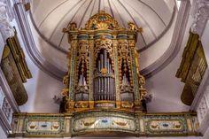 VisitMatera - Organo costruito nel 1749 da Petrus De Simone Junior.  Un manufatto molto bello che nasconde qualche curiosità.