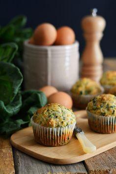 muffin-salati-con-spinaci-e-feta