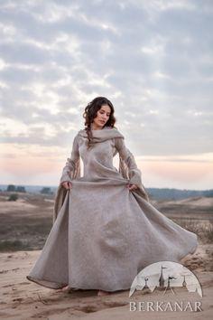 """Средневековое платье в стиле фентези """"Странница"""""""