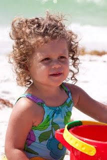 Can't help but wonder if I had a child, if their hair would like this :) (curls)