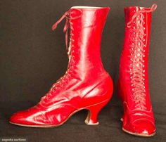 LADY'S RED HIGH LACE BOOTS, c. 1900 3000$