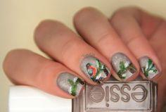 fall in ...naiLove!: Winter bird nails.