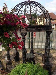 round garden arch
