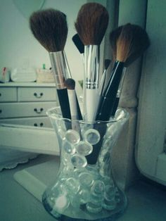 DIY makeup brush holder, glass beads, what to do with glass gems, make up brushes