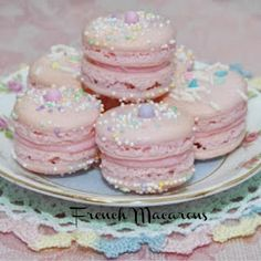 Today I bring you some delicious Chocolate Raspberry Tea Sandwiches from a cookbook called Gale Gand's just a bite. Lemon Cookies, Yummy Cookies, Cake Cookies, Macarons, Raspberry Tea, French Macaroons, Pink Macaroons, Pink Foods, Cream Tea