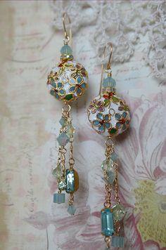 Cloisonne Swarovski crystal and vintage glass bead by Purrrls