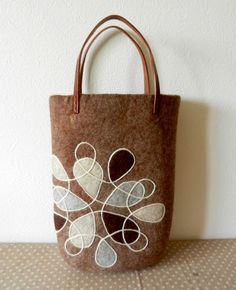 felt bag. I love the contrast and clarity of the design and the colors they chose.