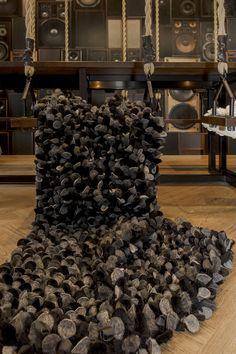 Luxury black blanket, quilt, www.satunisu.fi, interior, design, unique