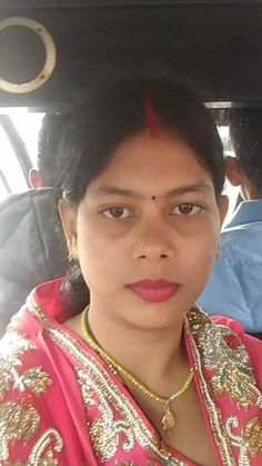 Video by Vigo Beautiful Girl In India, Beautiful Blonde Girl, Beautiful Girl Photo, Beautiful Women Videos, Beautiful Women Over 40, Village Girl Images, Girl Number For Friendship, Massage Girl, Desi Girl Image