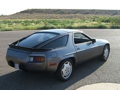 Always loved the 928. You can a decent one for under $10K these days.
