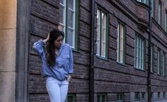 chic and sophisticated everyday look with blue on blue monochromatic outfit