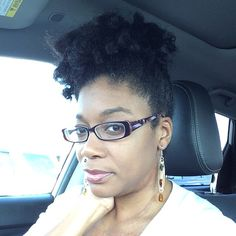 Curls still holding on. #hairstory #texture #nappy #curly #coily #curls #fro #wavy #natural #naturals #kinks #coils #spirals  #hairtype #gotfrizz #mane #hair  #knots #kinky #naturalhair