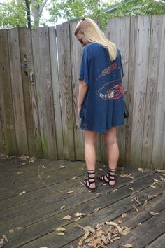 My favorite vintage tee!! Check out the blog on how to style it