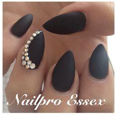 Nailpro Essex | Matte Black Stiletto Nails