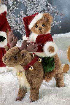 "Bearington Bears ""Jingles & Jangles"" Plush Bear & Reindeer- New Christmas Teddy Bear, Christmas Animals, Christmas Love, Christmas Trees, Yule, Teddy Bear Pictures, Boyds Bears, Creation Couture, Love Bear"