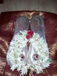 Sri Periyava Paduka Puja Vaibhavam on Sunday, August 21 @ Bangalore