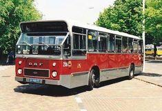 In zo'n bus heb ik heel wat keertjes gezeten! Bus Camper, Utrecht, Rotterdam, Sweet Memories, Childhood Memories, Transport Bus, La Haye, Good Old Times, Bus Coach