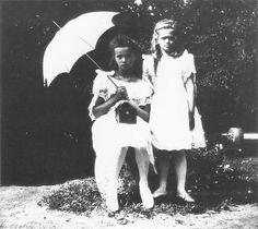 Olga & Maria