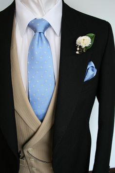 Google Image Result for http://www.black-tie-hire.co.uk/images/morning_suit___fawn_2.jpg