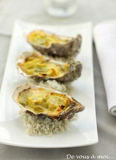 De vous à moi...: Huitres Chaudes aux Poireaux, Beurre Blanc au Curry Oyster Recipes, French Food, Spanakopita, Bon Appetit, Oysters, Baked Potato, Entrees, Main Dishes, Seafood