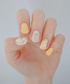 Make an original manicure for Valentine's Day - My Nails Nail Art Designs, Pedicure Designs, Nail Designs Spring, Pedicure Ideas, Manicure Nail Designs, Lemon Nails, Manicure Y Pedicure, Perfect Nails, Spring Nails