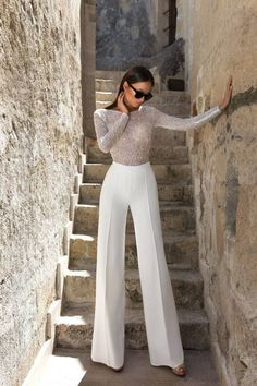 Kody jumpsuit for stylish brides ✨ Mode Outfits, Night Outfits, Classy Outfits, Fashion Outfits, Fashion Trends, Fashion Lookbook, Stylish Outfits, Daily Fashion, Look Fashion