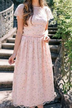 s summer fashion, jw fashion, modest fashion, s Petite Dresses, Modest Dresses, Modest Outfits, Skirt Outfits, Casual Dresses, Fashion Dresses, Modest Clothing, Floral Dresses, Modest Apparel