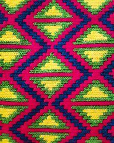 #wayuu #geometric #hanmade #culture #maicao  #colombia #hechoamano #travels #southamerica  #fairtrade #art #globetravel #globetrotter