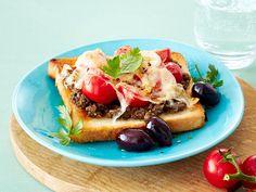 Toast-Rezepte - leicht gemacht, lecker belegt - toast-mit-olivenpaste  Rezept