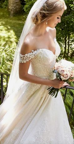 White wedding dress. Brides dream about finding the ideal wedding ceremony, however for this they need the ideal wedding gown, with the bridesmaid's dresses enhancing the wedding brides dress. The following are a variety of ideas on wedding dresses.
