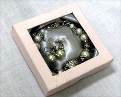 Crafters Market: Bracelet & Earrings R89.90