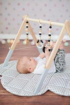 Bébé en bois monochrome Gym jouets accrocher les jouets de