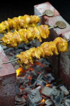 Spiedini di Pollo marinato alla brace - Jujeh Kabab