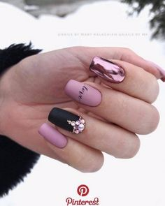 40 best nails collection 2019 001 40 best nails collection 2019 001 5 practical ways to apply nail polish without errors Es is Aycrlic Nails, Manicures, Pink Nails, Cute Nails, Sparkly Nails, Stylish Nails, Trendy Nails, Gel Nagel Design, Nagel Hacks