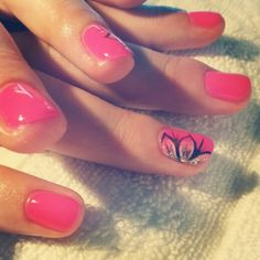 Pretty nail art. Gelish