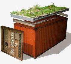 Conheças as vantagens em ter um gazebo fabricado com container marítimo e ac redite... o espaço sem utilidade no quintal pode ser totalmen... #greenroofs