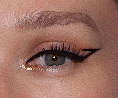 Edgy Makeup, Makeup Eye Looks, Creative Makeup Looks, Eye Makeup Art, No Eyeliner Makeup, Cute Makeup, Pretty Makeup, Skin Makeup, Winged Eyeliner