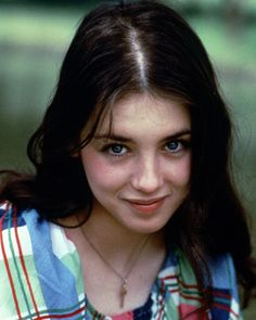 Xai'nyy Female Isabelle Adjani Actress (Queen Margot, Camille Claudel). Beautiful Celebrities, Most Beautiful Women, Beautiful Actresses, Isabelle Adjani, Celebrity Twins, Manic Pixie Dream Girl, Beautiful Freckles, French Beauty, French Actress
